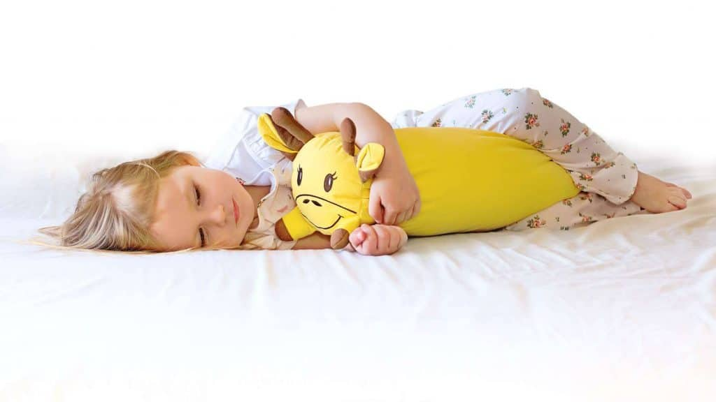 cuddle-mate-girl-with-giraffe-cuddle-mate